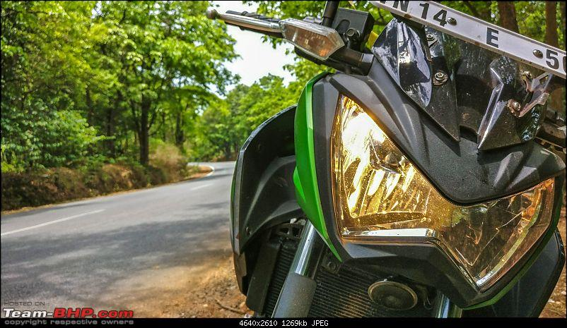 Chennai - Goa on a Kawasaki Z250-mollem-bike-headlights.jpg