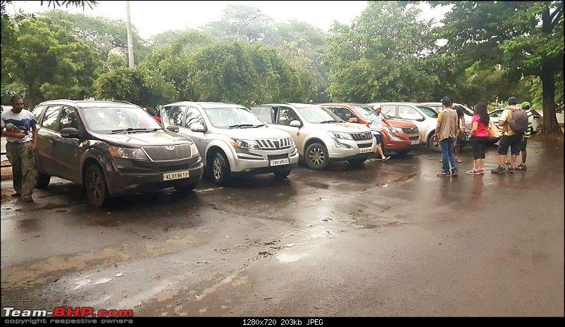 Every driving enthusiast's dream - Group of XUV500s getting Leh'ed!-2.jpg