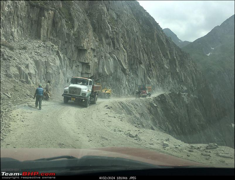 Every driving enthusiast's dream - Group of XUV500s getting Leh'ed!-img_3760.jpg