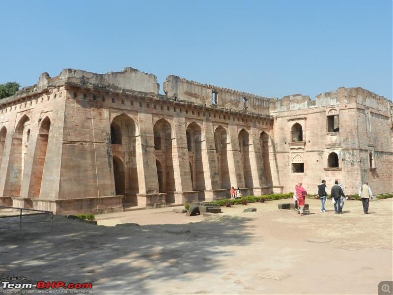 Stallion visits the Holkars & Jyotirlingas - Indore, Ujjain, Omkareshwar & more-dscn4049.jpg