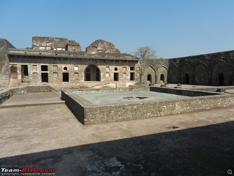 Stallion visits the Holkars & Jyotirlingas - Indore, Ujjain, Omkareshwar & more-dscn4058.jpg