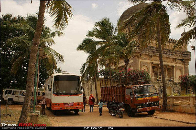 Hyderabad - Heritage Sites - A Lazy (Nizami) Travelogue-vans.jpg