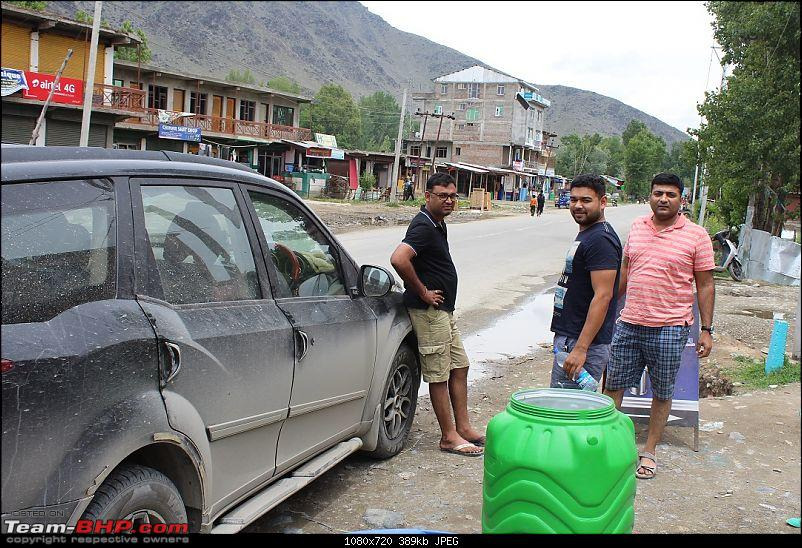 Ladakh: Four Idiots & One XUV500-49.jpg