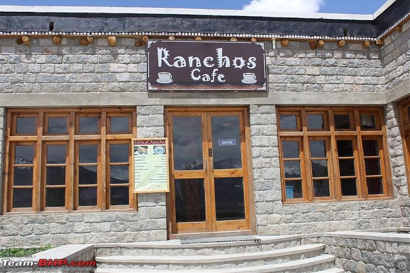 Ladakh: Four Idiots & One XUV500-246.jpg