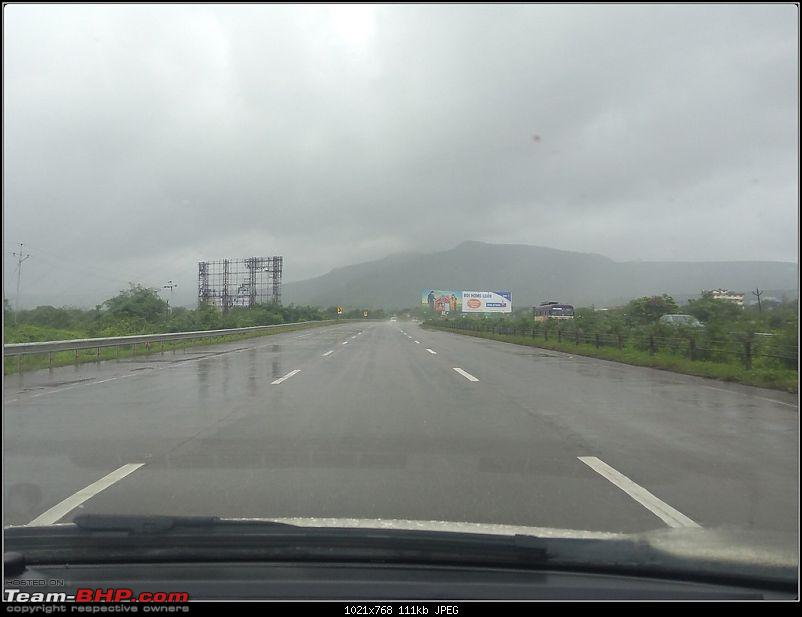 We chase the rains again, 8 cars, 2000 km : Monsoon Drive in Western Maharashtra-expressway-3.jpg