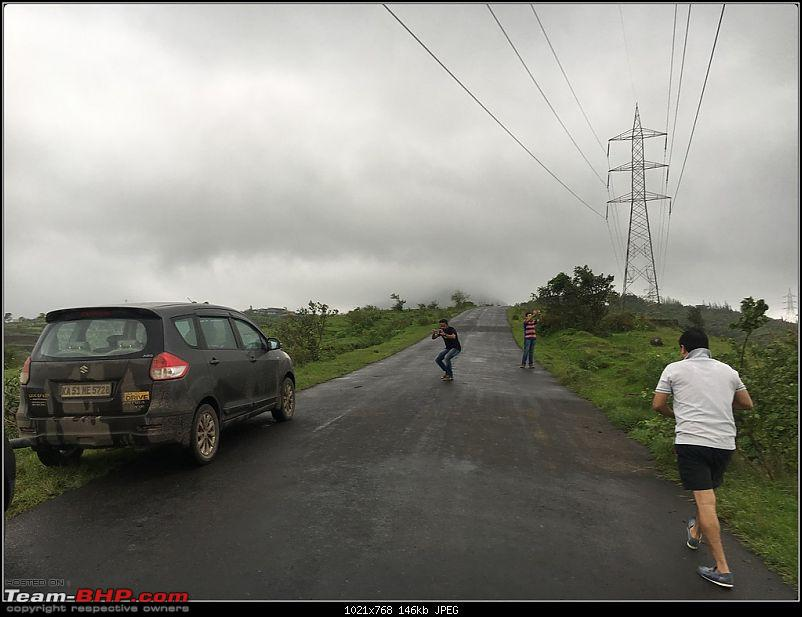 We chase the rains again, 8 cars, 2000 km : Monsoon Drive in Western Maharashtra-img_1148bordermaker.jpg