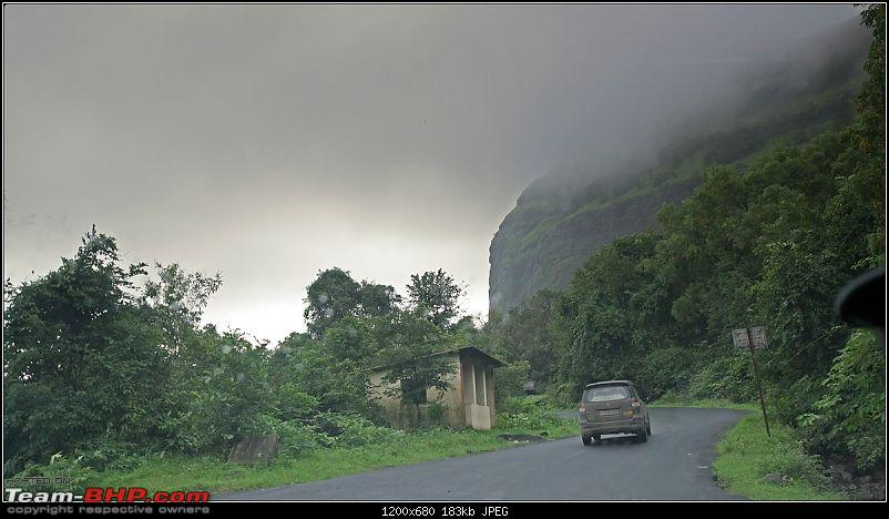 We chase the rains again, 8 cars, 2000 km : Monsoon Drive in Western Maharashtra-13bordermaker.jpg