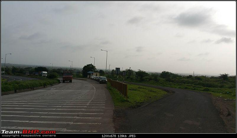 We chase the rains again, 8 cars, 2000 km : Monsoon Drive in Western Maharashtra-breakfast-2.jpg