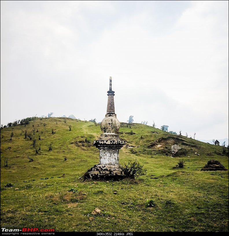 Sandakphu: The highest peak of Bengal in a Duster AWD-chorten.jpg