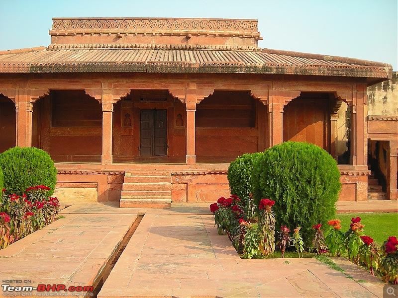 Agra, Fatehpur Sikri & Jhansi in a Maruti 800-28.jpg