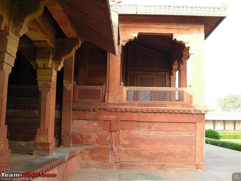 Agra, Fatehpur Sikri & Jhansi in a Maruti 800-37.jpg