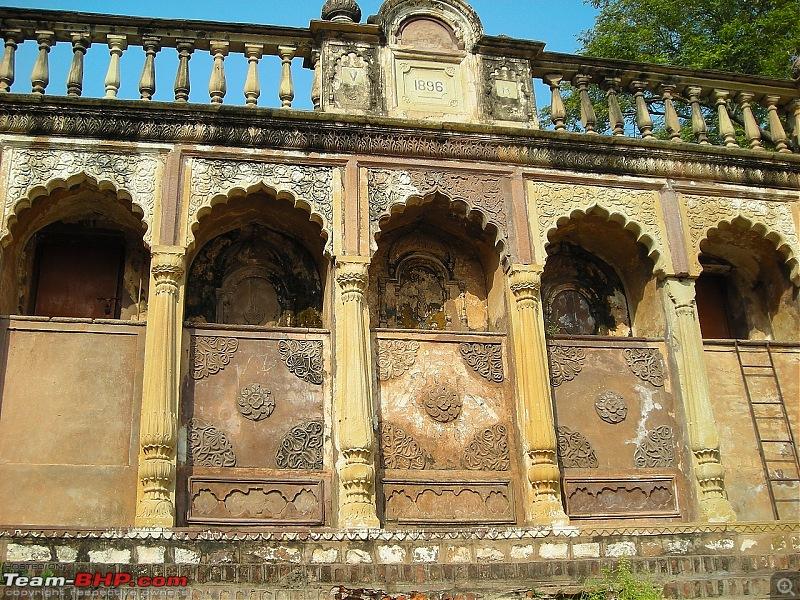 Agra, Fatehpur Sikri & Jhansi in a Maruti 800-11.jpg