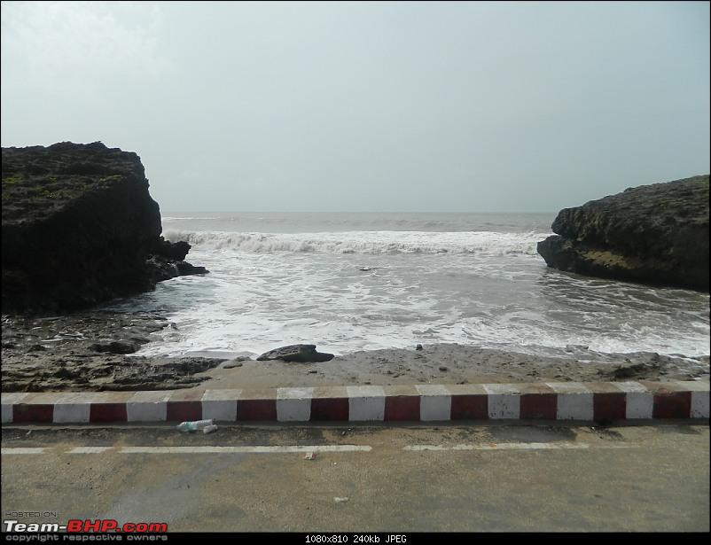 A 6-month old's first encounter with the sea : Diu-18.jpg