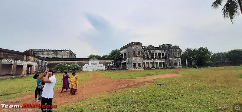Travel to Ghatshila & Chilkigarh in a Tata Hexa-sprawling-complex-chilkigarh-raj-palace.jpg