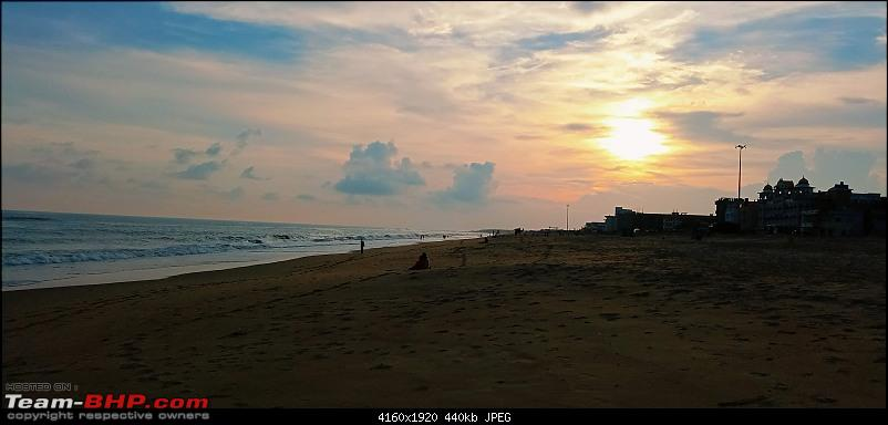 The sea beckons...A drive to Puri-sunset-beach-2.jpg