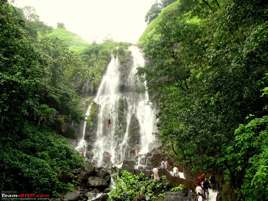 Trip de goa rain more rain team bhp for Rainwater falls massage