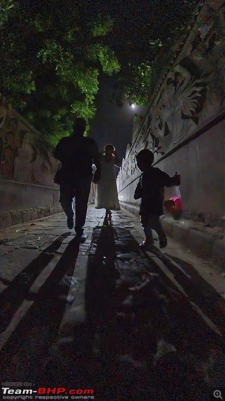 Lost in Varanasi - An Innova Crysta Venture-32.5.-return-assi-gali-2.jpeg