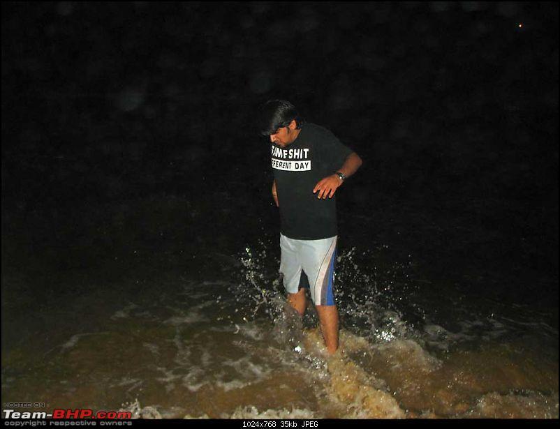 Trip De Goa - Rain, More Rain-day-2-baga-beach-04.jpg
