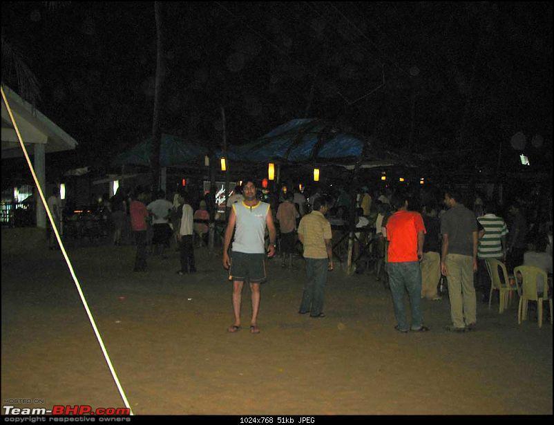 Trip De Goa - Rain, More Rain-day-2-baga-beach-11.jpg