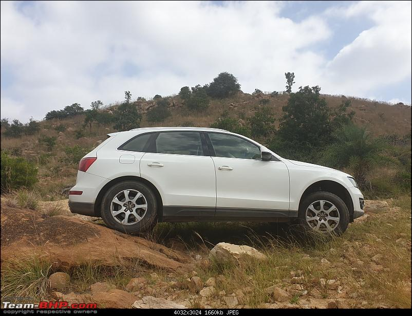 Putting an Audi Q5 to the test on a farm and in mountains-three-wheels-1.jpg