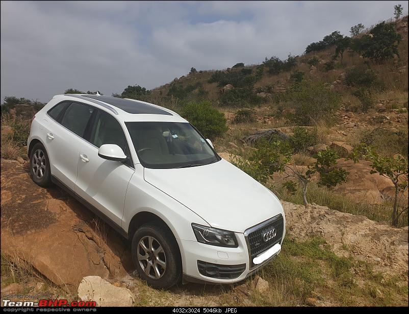 Putting an Audi Q5 to the test on a farm and in mountains-20191225_113823_li.jpg