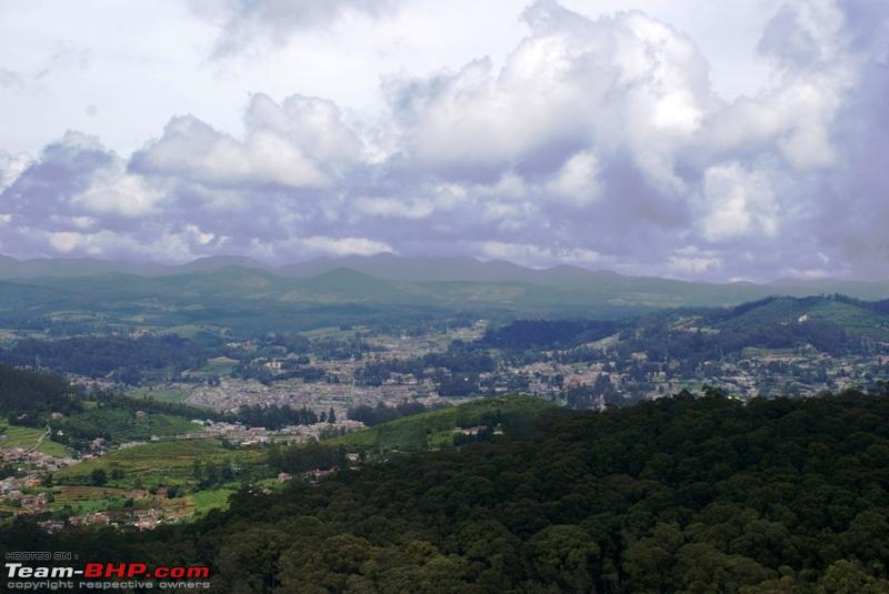 Name:  t  Clouds at Doddabetta_view of the valley below.JPG