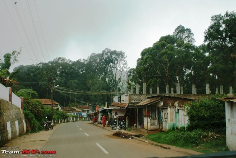 Name:  z Highway to Coonoor_village enroute.JPG Views: 2128 Size:  201.1 KB