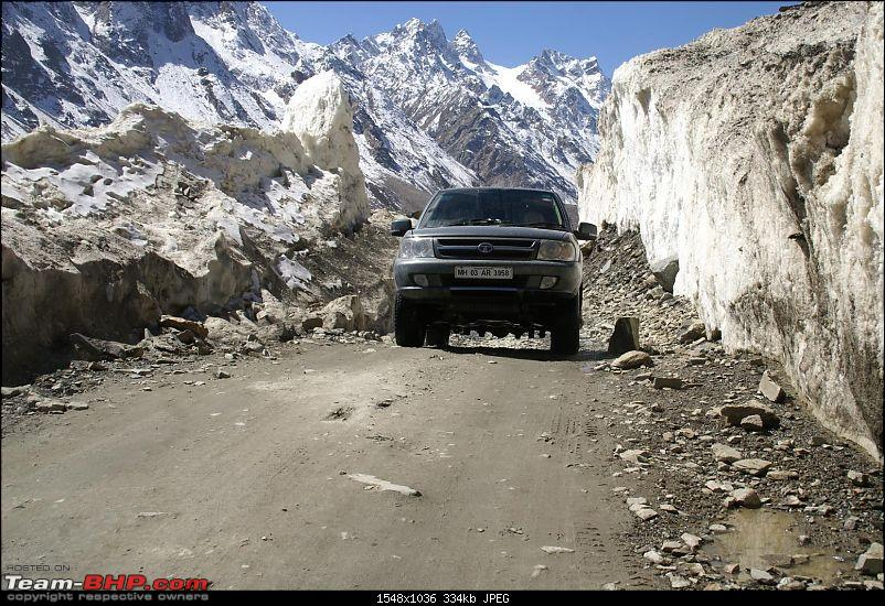 The Himachal Tribal Circuit - 2009-35-leaving-snow-wall-2.jpg