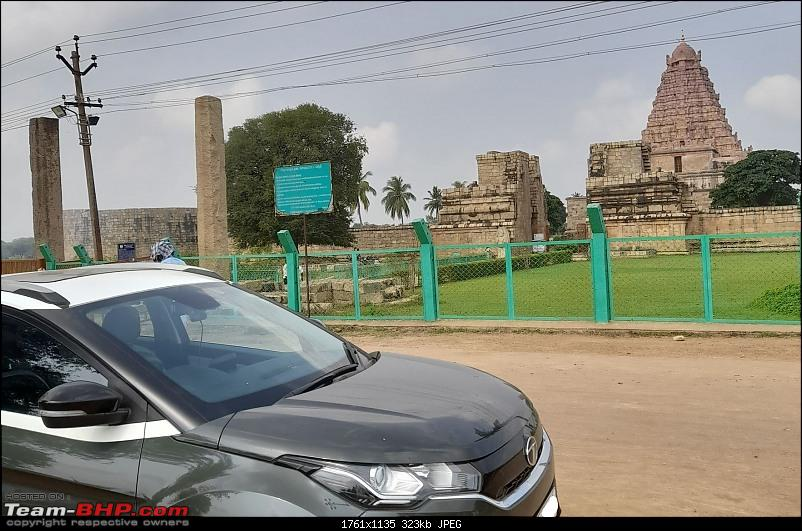 Baloo & I: Reset at an Ashram, and drive into the glorious past of the Chola empire-part6-pic22-baloo-temple-2mp.jpg