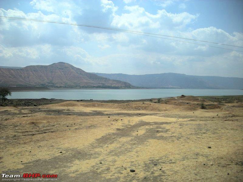 Name:  Lake in Wai.jpg Views: 3446 Size:  92.4 KB