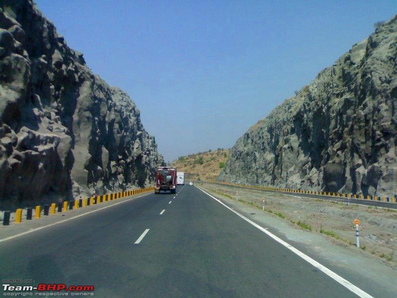 Name:  NH4 the beautiful highway to Bangalore.jpg Views: 5476 Size:  90.4 KB