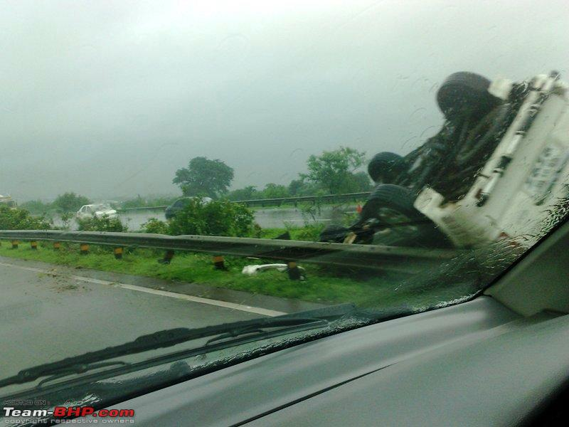 Name:  See what happens when you overspeed on expressway. You have to be an expert driver or else RIP.jpg Views: 2700 Size:  76.7 KB