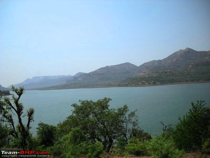 Name:  Way to Tamhini Ghat near Pune.jpg Views: 4607 Size:  84.1 KB