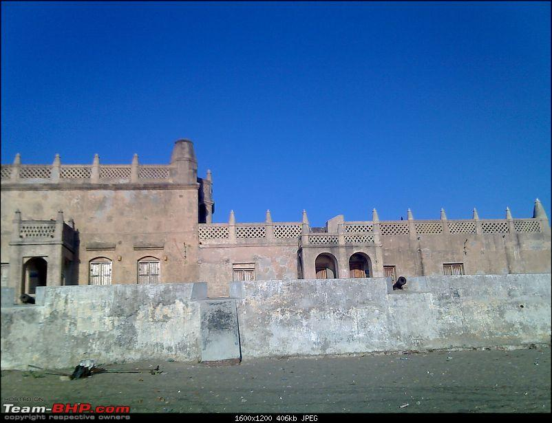 Pictures of a Fort and a deserted beach!-tqbar0276.jpg