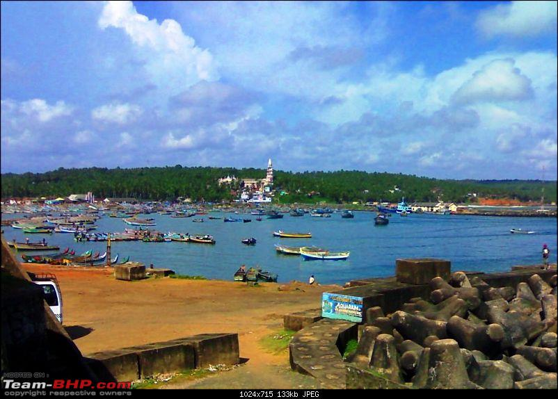 An incredible road trip to Velankanni, Kodaikanal and Ooty-j-vizhinjam-boat-harbour.-lots-fishing-boats.jpg