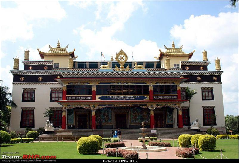 Bylakuppe - A Photologue about a mini Tibet in Karnataka-golden-temple.jpg