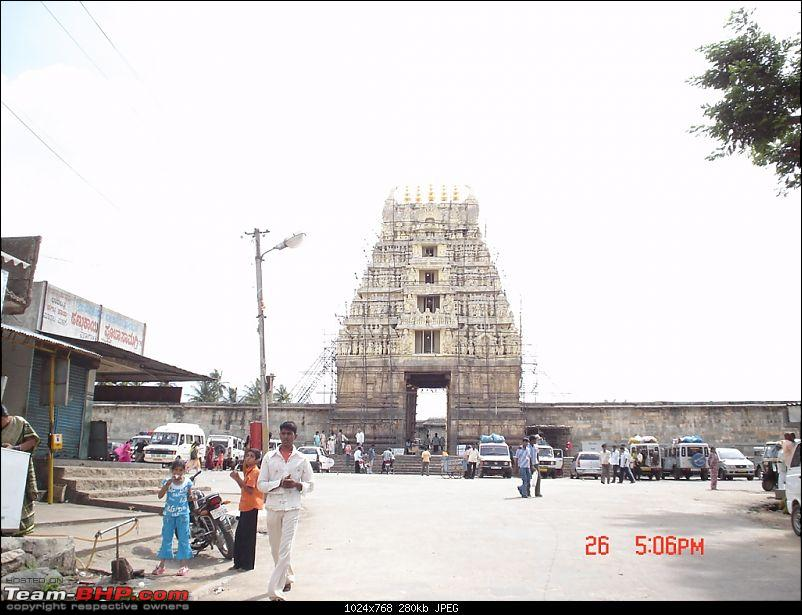 Story of a Vacation (:-))-belur-02.jpg