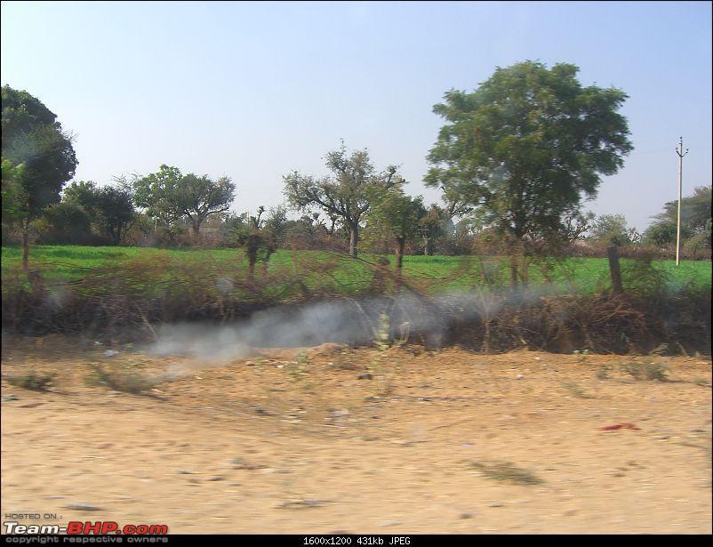 Year end trip to Rajasthan: Delhi-Bikaner-Jaisalmer-Jodhpur-Delhi-20091226_105656_cimg2458.jpg