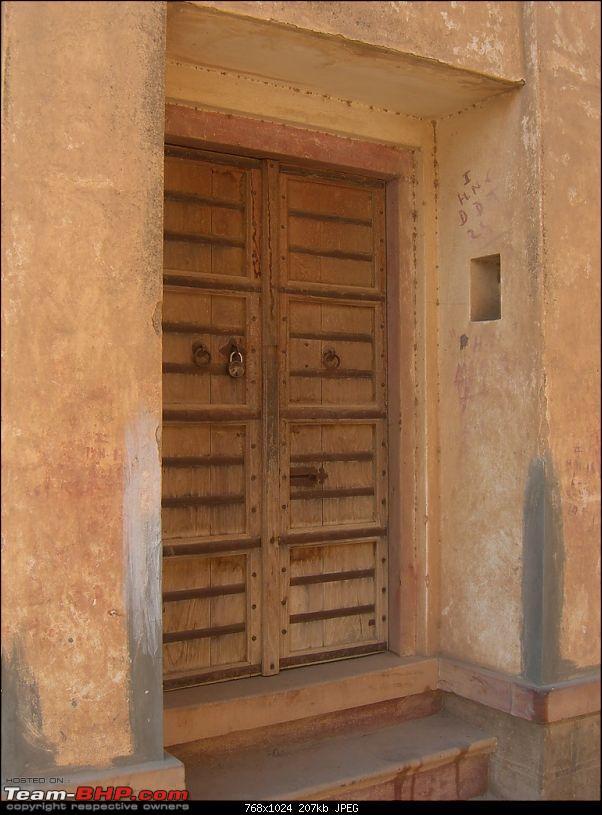 Year end trip to Rajasthan: Delhi-Bikaner-Jaisalmer-Jodhpur-Delhi-20091228_131748_cimg2618.jpg