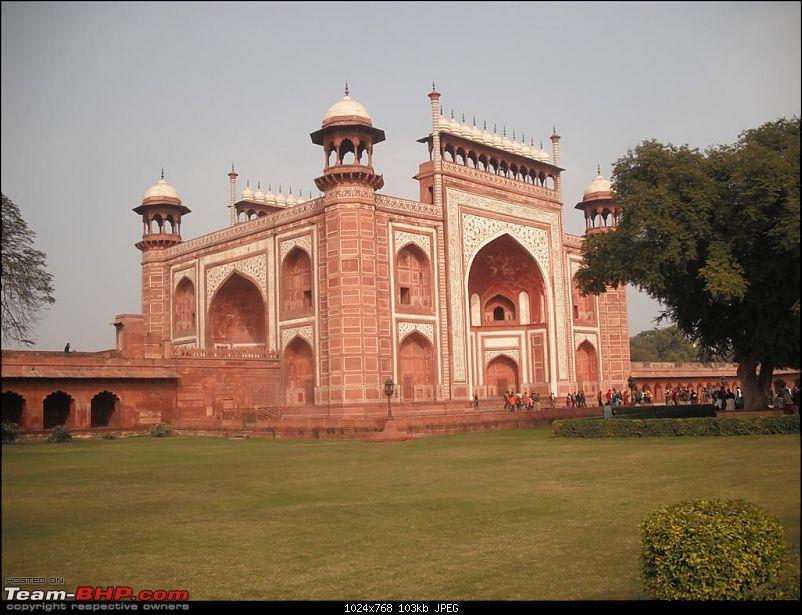 The Taj Mahal. A roadtrip.-new-delhi-auto-expo2-338-large.jpg