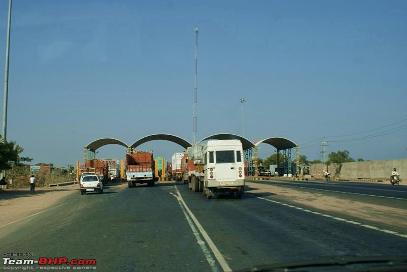 Name:  Road to Udaipur  09.JPG Views: 1807 Size:  118.0 KB