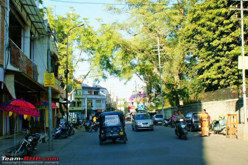 Name:  Udaipur Street 4.JPG Views: 2359 Size:  269.7 KB