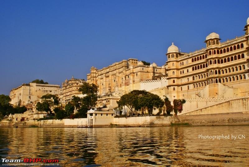 Name:  Boat ride _ Pichola Lake_City Palace and surroundings 14.JPG