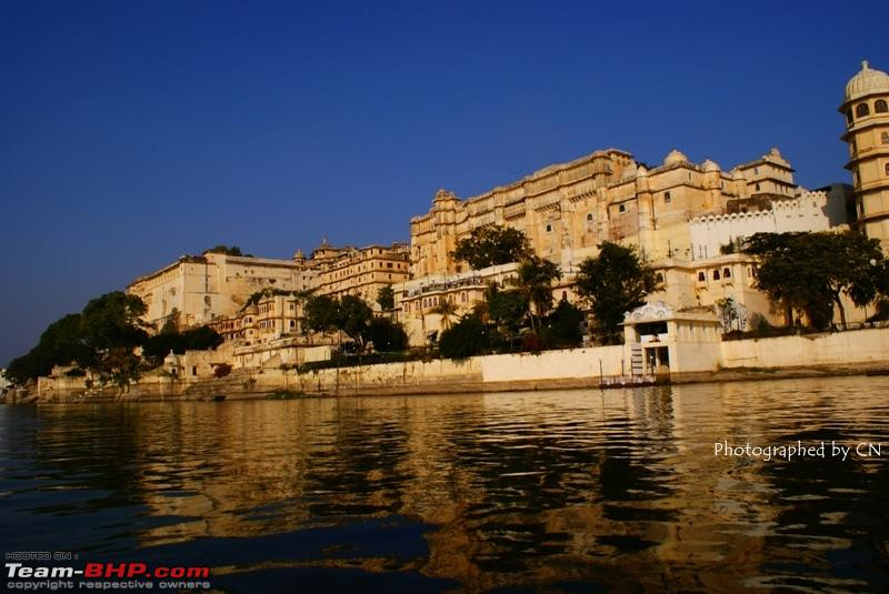 Name:  Boat ride _ Pichola Lake_City Palace and surroundings 16.JPG