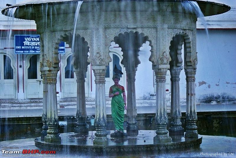 Name:  15 Sahelion_Ki_Bari_statue.JPG Views: 1505 Size:  232.5 KB