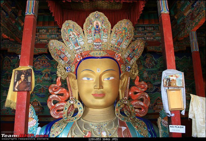 leh photo tripolog 2008-buddha-thiksey-gompa.jpg
