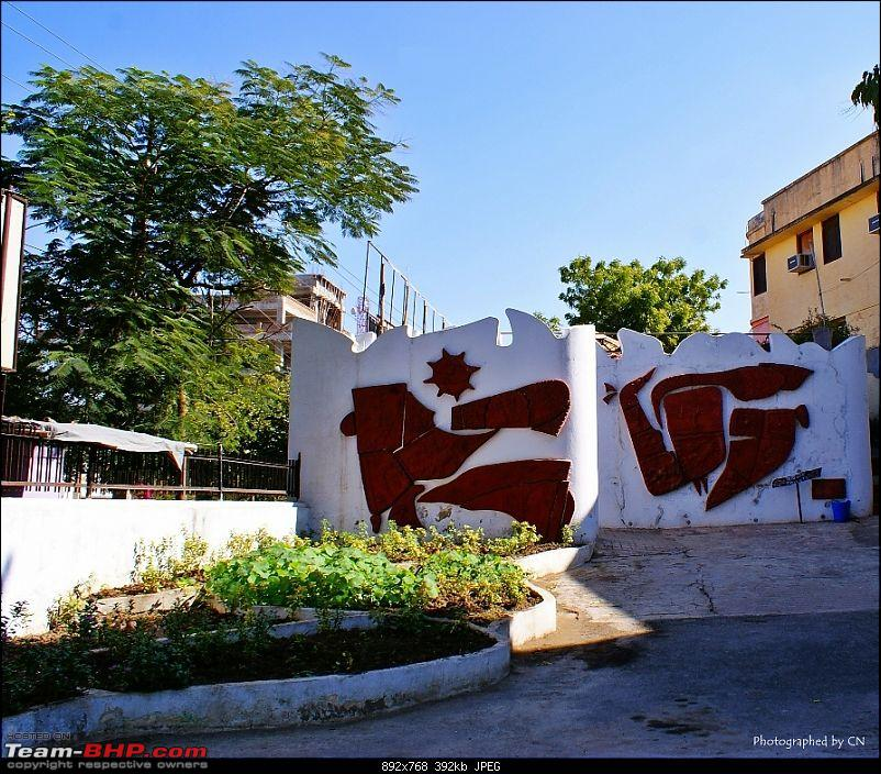 An Incredible Road Trip of a Lifetime to Udaipur, The Most Romantic City in the World-4-artwork_at_kala_mandal.jpg