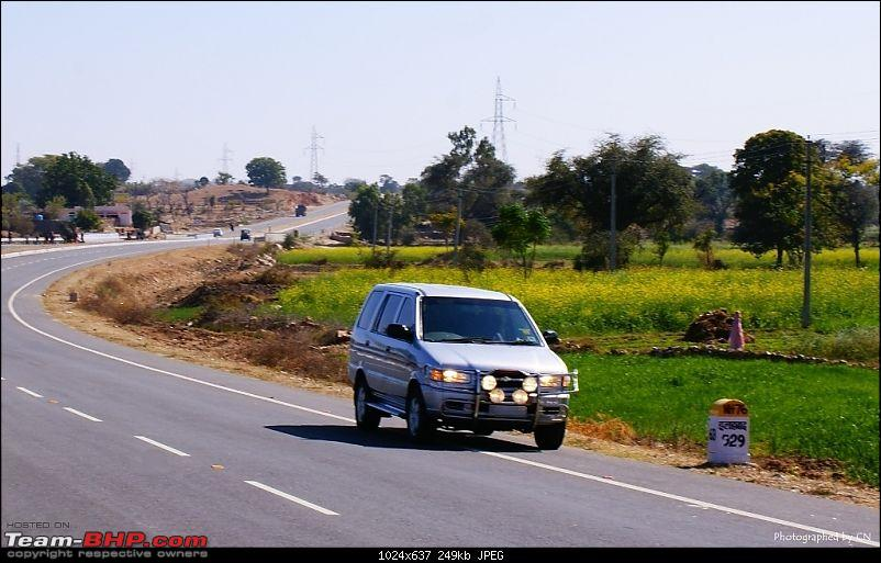 An Incredible Road Trip of a Lifetime to Udaipur, The Most Romantic City in the World-highway-mount-abu-8.jpg
