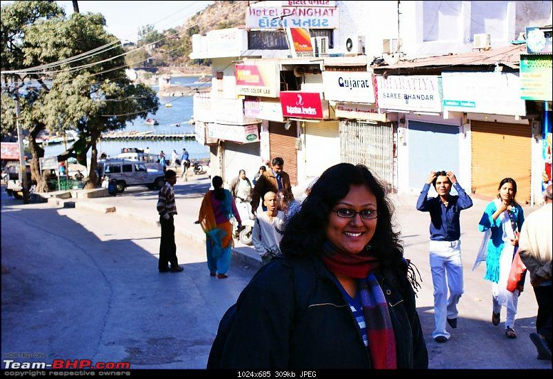 An Incredible Road Trip of a Lifetime to Udaipur, The Most Romantic City in the World-3-wifey_is_thrilled_at_the_sight_of_the_lake.jpg