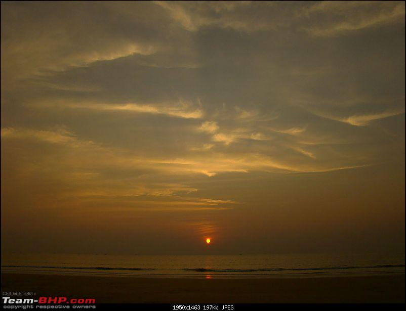 Beach vacation : Maharastra - Goa - Karnataka.-sunset-over-ganpatipule1.jpg